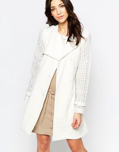 Choies White Lapel Long Sleeve With Belt Pouf Coat ($83) ❤ liked ...