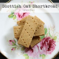 scottish shortbread made with oats flour, white rice flour, sea salt, butter and brown sugar.