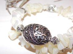 Купить Браслет из натурального перламутра - белый, браслет, браслет из перламутра, украшения из перламутра, перламутровый браслет