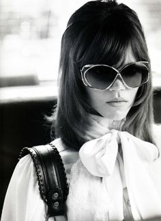 Jane Fonda look-a-like Freja Beha Erichsen by Terry Richardson, Vogue Nippon August 2010 Seventies Fashion, 70s Fashion, Vintage Fashion, Womens Fashion, Vintage Dior, Dress Vintage, Spring Fashion, Style Fashion, Style Année 70