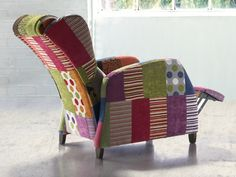 Fauteuil relax. Mod. KEVIN PATCHWORK RELAX Tub Chair, Accent Chairs, Home Decor, Scrappy Quilts, Couches, Solid Wood, Upholstered Chairs, Interior Design, Home Interior Design