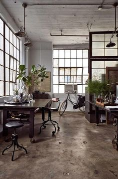Work Space | Blood & Champagne » INSPIRATION #469