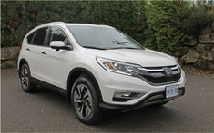 As published in the 2016 Auto GuideLast fall, Honda was conducting mid-cycle changes on its very popular CR-V and it did not just half measures. Indeed, it is the most important transformation in the history of this model, at least as regards an intermediate revision. The silhouette was newly composed in a way that it is more aggressive and easier to notice in traffic.   #autoes #car #cars guide #The Car Guide Online Guide 2016 Honda CR-V 2016: more homogeneous than ever #t