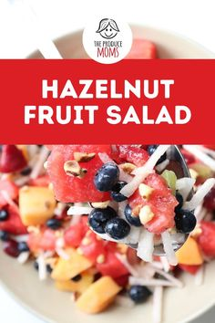 Fruit Salad is a summertime staple. It's a must at backyard barbecues and cookouts. This fruit salad recipe includes all the essentials. Try it today! Cantaloupe Recipes, Fruit Salad Recipes, Blueberry Recipes, Strawberry Recipes, Vegan Gluten Free, Vegan Vegetarian, Jicama Recipe, How To Roast Hazelnuts, Oranges And Lemons