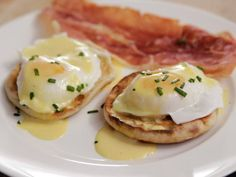 Get Eggs Benedict and Easy Hollandaise Sauce Recipe from Food Network - Breakf. - Beautiful Sauces - Get Eggs Benedict and Easy Hollandaise Sauce Recipe from Food Network - Breakf. Breakfast Dishes, Breakfast Recipes, Breakfast Ideas, Breakfast Club, Dessert Recipes, Quinoa, Best Egg Recipes, Favorite Recipes, Healthy Recipes