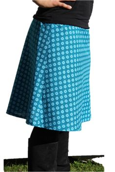 """Skirt """"Uschi"""" - made of Shweshwe fabrics from Karlotta Pink - Stoffe aus aller Welt based on sewing pattern of SO! Shweshwe Dresses, Outfit Look, African Fabric, African Fashion, Midi Skirt, Sewing Patterns, Hair Cuts, Skirts, Skirt"""