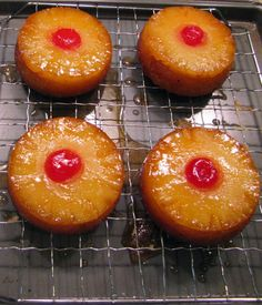 YUM...brown sugar topping with pineapples and cake...brings back so many childhood memories. My mom made the best pineapple up...