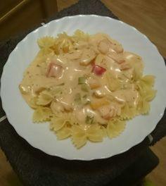 Spaghetti mit Sahne-Schmelzkäse-Soße, ein schmackhaftes Rezept aus der Kategorie Saucen. Bewertungen: 4. Durchschnitt: Ø 3,3.