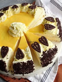 Dutch Recipes, Low Carb Recipes, Sweet Recipes, Cake Recipes, Köstliche Desserts, Delicious Desserts, Hummingbird Bakery, Cupcake Images, Easter Recipes