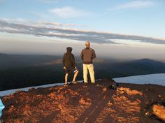 Hike Tumalo Mt. Level 3-4 intermediate. 3 miles total, 1300 elevation gain - The Bend Hiking Group