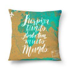Compre Ainda tem muito mundo de @tamilustras em almofadas de alta qualidade. Incentive artistas independentes, encontre produtos exclusivos.