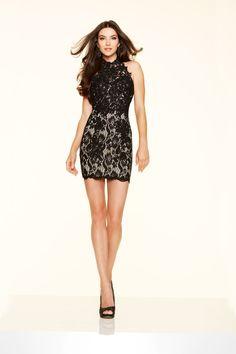 e0c05d2100 Krótka, dopasowania suknia Stocks&Stones z koronki Suknia przed kolano,  eksponująca kobiece kształty