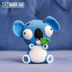 Noah the koala just woke up from his afternoon nap - did you know he sleeps more than 20 hours a day? He only wakes up for lunch, when he searches for a tasty eucalyptus leaf. Koala Noah by AradiyaToys: http://ift.tt/1X4Ggt3