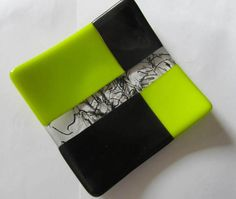 Fused Glass Plate - Art Glass - Lime Green - Black - Table Decor - Ornament - Measures x Fused Glass Plates, Glass Dishes, Sea Glass Art, Stained Glass Art, Slumped Glass, Wine Glass, Glass Fusion Ideas, Mosaic Tray, Glass Fusing Projects