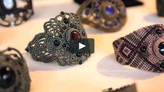 "Video by Eléonore Coyette Music: Miki Gonzales ""Munaq El Amante"" Macrame Jewelry Tutorial, Macrame Rings, Macrame Art, Macrame Projects, Macrame Necklace, Macrame Bracelets, Bracelet Tutorial, Diy Jewelry, Jewelery"