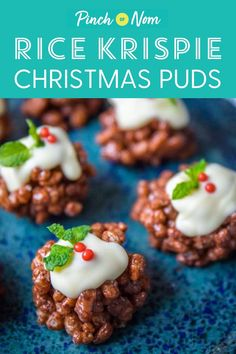Christmas party canapés need some sweet treats, and these slimming-friendly Rice Krispie Christmas Puds are perfect if counting calories or Weight Watchers. Christmas Canapes, Christmas Buffet, Christmas Cooking, Christmas Recipes, Christmas Eve, Christmas Treats, Keto Pudding, Avocado Pudding, Chia Pudding