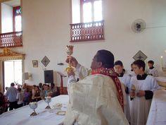 Apresentação cálice vinho / Paróquia/Santuário Diocesano Nossa Senhora de Nazaré - Nazareno Diocese São João del-Rei MG : Maio 2014