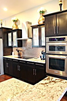 Love this kitchen http://houseofroseblog.com/wp-content/uploads/2012/06/IMG_9046_1.jpg