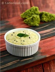 Coconut chutney is to south indians what green and sweet chutneys are to the north. It is served almost every day as a part of the breakfast spread, and sometimes at lunch and dinner times too, if there is any kind of snack being served. It goes well with fried snacks like vada, as well as with steamed delicacies like idli, dosa and upma.