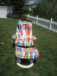 Looks Fun!     Duct Tape Chair and ottoman