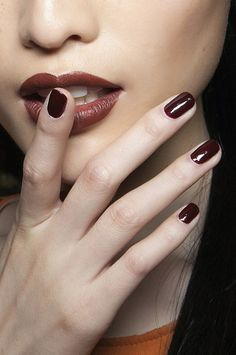 matching raisin brown lips and nails - beautiful for fall #beauty #vevelicious