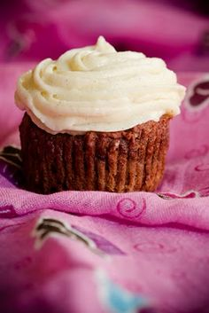 Gluten-Free Red Velvet Cupcake Recipe with No Food Coloring - @Marlénè Project