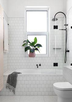 smaller tub/glass door