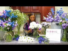 How To Make a Simple Daisy Centerpiece - DIY Flower Project