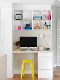Home Office Designs - Home offices are now a norm to modern homes. Here are some brilliant home office design ideas to help you get started. Decor, Room Design, Interior, Bedroom Design, Modern Computer Desk, Home Decor, Home Office Design, Interior Design, Office Design