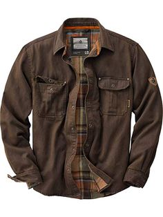 Legendary Whitetails Men's Journeyman Rugged Shirt Jacket Tobacco Large We added a flannel lining to our popular weathered cotton 'leather' shirt to build this one-of-a-kind shirt jac. The rugged cotton suede look comes with Rugged Style, Rugged Look, Style Men, Lumberjack Style, Outfits Hombre, Men's Outfits, Shirt Jacket, Jacket Men, Stylish Clothes