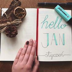 """Polubienia: 13, komentarze: 2 – Julita Drzazga (@julitadrzazga) na Instagramie: """"Witaj 2018, jak będziesz tak samo dobry jak 2017 to mi to wystarczy :) ✌🏻 #hellojanuary2018…"""""""