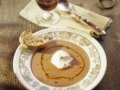 Kastaniencremesuppe ist ein Rezept mit frischen Zutaten aus der Kategorie Suppen. Probieren Sie dieses und weitere Rezepte von EAT SMARTER!