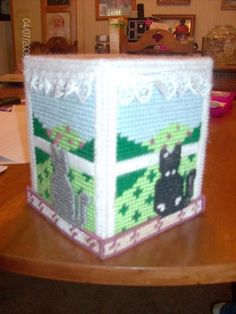 plastic canvas tissue box cover
