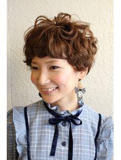 アンフェ An hue くるくるパーマ ショート Pixie Haircut, Perm, New Hair, Hair Makeup, Hair Cuts, Hair Styles, Naver, Bobs, Hairstyles