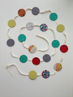 Fun garland with Phoomph uses no glue or iron