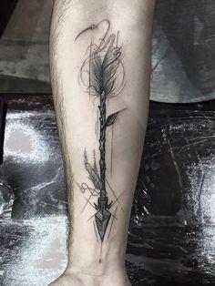 Beau tatouage bras entier old school tattoo rockabilly arrow