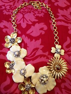 Spring is in full bloom at Stella & Dot!   Dot Bloom Necklace  Bryant Park Scarf  Shop it at http://www.stelladot.com/eryn