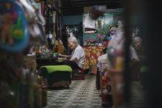 Lunch Time! #Vietnam #Travel #Wanderlust #Nature #Landscape #people #portrait #photoftheday Hoi An, Photo Series, Vietnam Travel, Lunch Time, Hanoi, My Photos, Wanderlust, Culture, Sunset