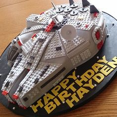 Check out this awesome #lego #starwars #millenniumfalcon #cake that Em made.