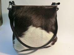 KUHIE, Kuhfelltasche Pooh in schwarz-weiß, Fransen von Gmischtesach:  Die Tasche mit der Kuh !! auf DaWanda.com