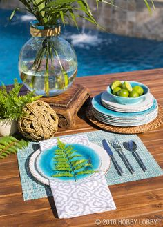 Looking to host your fair share of summer soirees? Dress up your outdoor decor with wow-worthy furnishings and tableware!