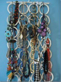 1000 images about colgar collares on pinterest merlin ikea and natural - Colgador de collares ikea ...