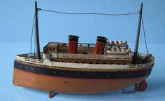 Bing tin clockwork boat 9in long