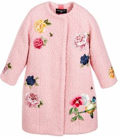 ALALOSHA: VOGUE ENFANTS: Must Have of the Day: Stunning Monnalisa coat with the exquisite embroidery, and the eye-catching rose printed satin lining