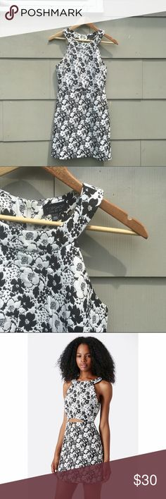 Topshop monochromatic floral print dress boat neck, sleeveless, a line, cut out detail on belly, black n white Topshop Dresses Mini