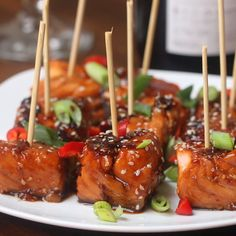 Healthy dinner recipes 178877416438368058 - Teriyaki Salmon Bites Recipe by Tasty Source by affairedefilles Salmon Bites Recipe, Salmon Recipes, Chicken Recipes, Beef Recipes, Shrimp Recipes, Cooking Recipes, Recipe Chicken, Meatloaf Recipes, Soup Recipes