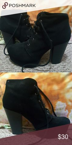 Black boot high heel Has a very smooth and soft fabric. It's about a medium length high heel. Very comfortable and it's painless because of the thick heel. I have only worn it twice. Still in great condition. Soda Shoes Heeled Boots