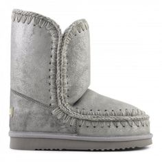 mou eskimo boots dust sliver #mou #shoes #fashion #christmas #lifestyle