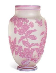 A THOMAS WEBB & SONS DOUBLE-OVERLAY RED AND WHITE CAMEO FROSTED GLASS VASE CIRCA 1890,