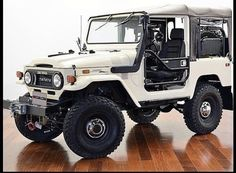 Toyota Cruiser, Toyota Fj40, Toyota Trucks, Toyota Cars, Fj Cruiser, Chevy Trucks, Cool Trucks, Cool Cars, Bug Out Vehicle